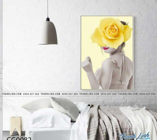 Bo tranh Canvas treo tuong trang tri phong khach co gai CG0082