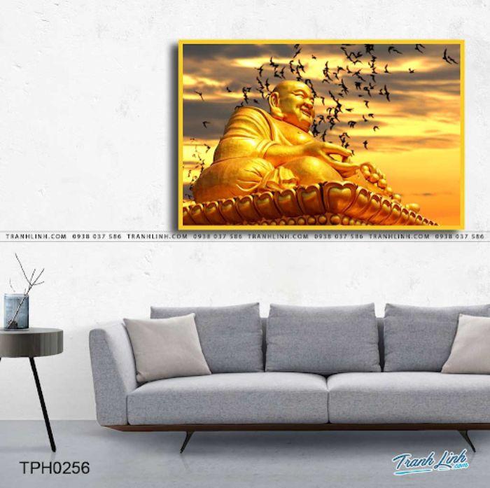 Bức tranh tượng Phật Di Lặc bằng vàng đồng đem lại cảm giác ấm cúng cho không gian sống của bạn